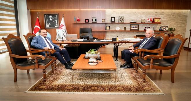 Orman ve Su İşleri Eski Bakanı Prof. Dr. Veysel Eroğlu'dan Başkan İsmet Yıldırım'a Ziyaret