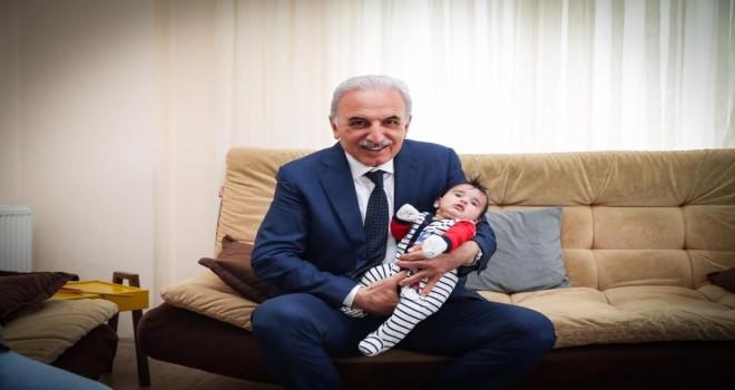 Başkan Yıldırım'ın  Yeni doğan Bebeklere  'Hoş Geldin Ziyaretleri' Devam Ediyor