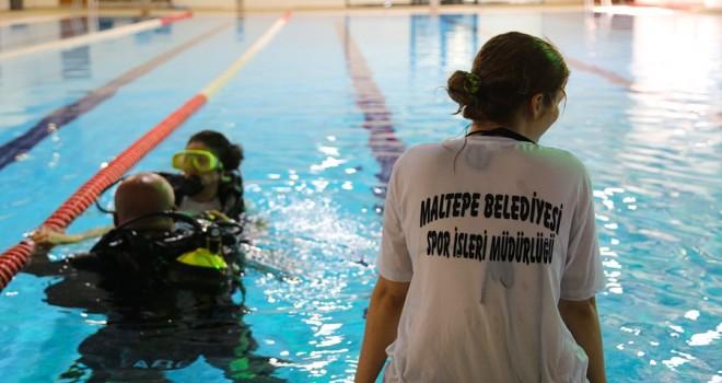 Maltepe'de tüplü dalış eğitimi aldılar