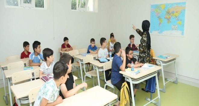 Sultanbeyli Gençlik Merkezleri'nde Yaz Okulu Heyecanı