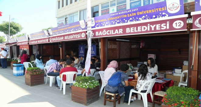 BAĞCILAR'DA 'ÜNİVERSİTE TERCİH FUARI' BAŞLADI
