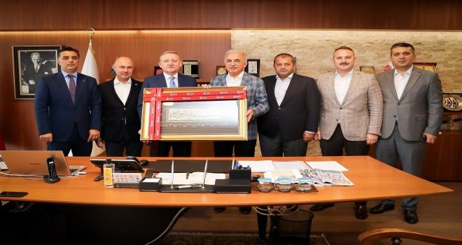 İstanbul Başakşehir Futbol Kulübü Başkanı Göksel Gümüşdağ'dan Başkan Yıldırım'a Ziyaret