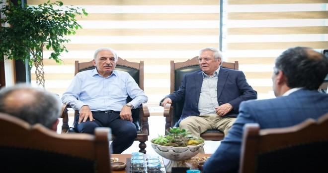 Fenerbahçe Spor Kulübü Eski Başkanı Aziz Yıldırım'dan Başkan İsmet Yıldırım'a Ziyaret