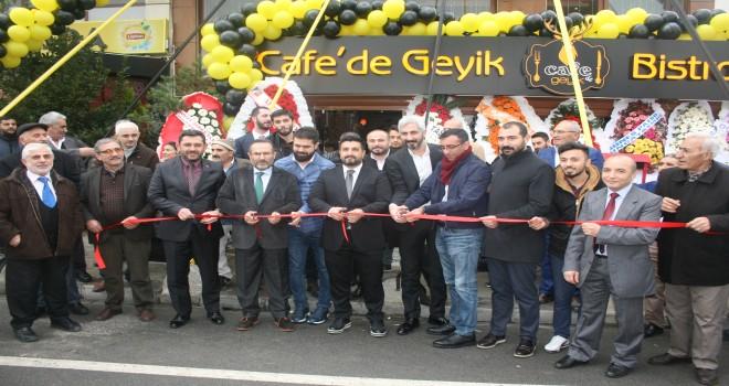 CAFE DE GEYİK ARTIK YENİ MEKANINDA