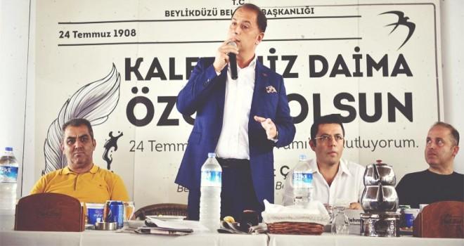 Başkan Mehmet Murat Çalık  : BASININ ÖZGÜR OLMADIĞI ÜLKELERDE DEMOKRASİDEN SÖZ EDİLEMEZ