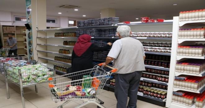 Beykoz'da Sosyal Market'le İhtiyaç Sahiplerinin Yüzü Gülüyor