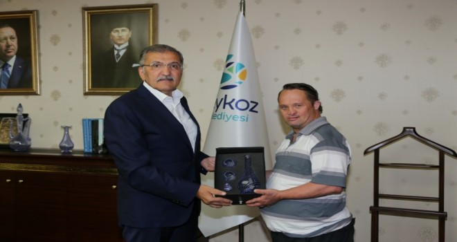 Erdoğan'ın Manevi oğlu Beykoz'da Başkan Murat Aydın'la Buluştu
